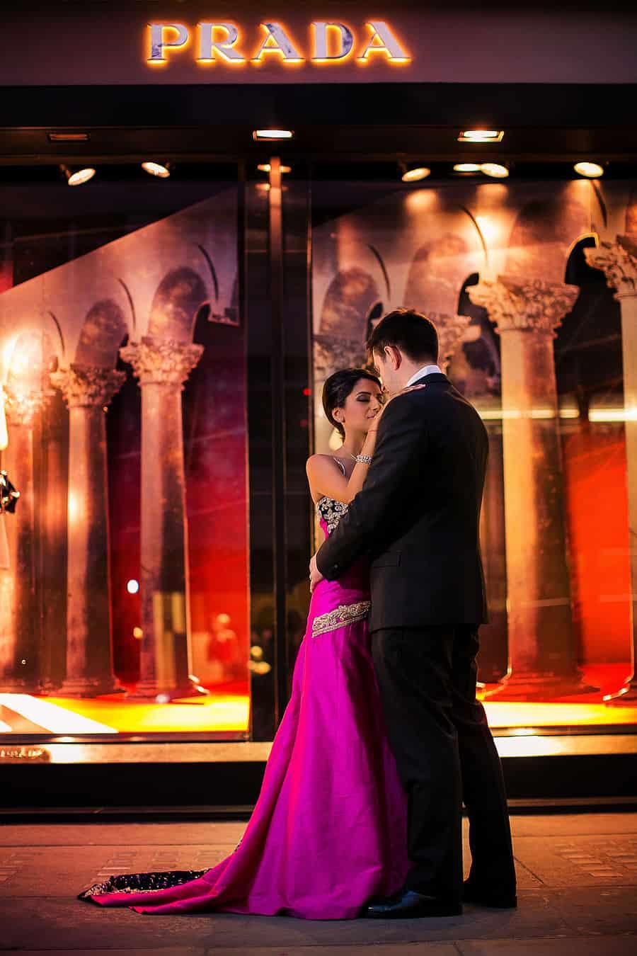 IMAGE: http://www.f5blog.co.uk/wp-content/uploads/2012/10/london_wedding_photography_jumeirah_carlton_tower_asian_rahul-73.jpg