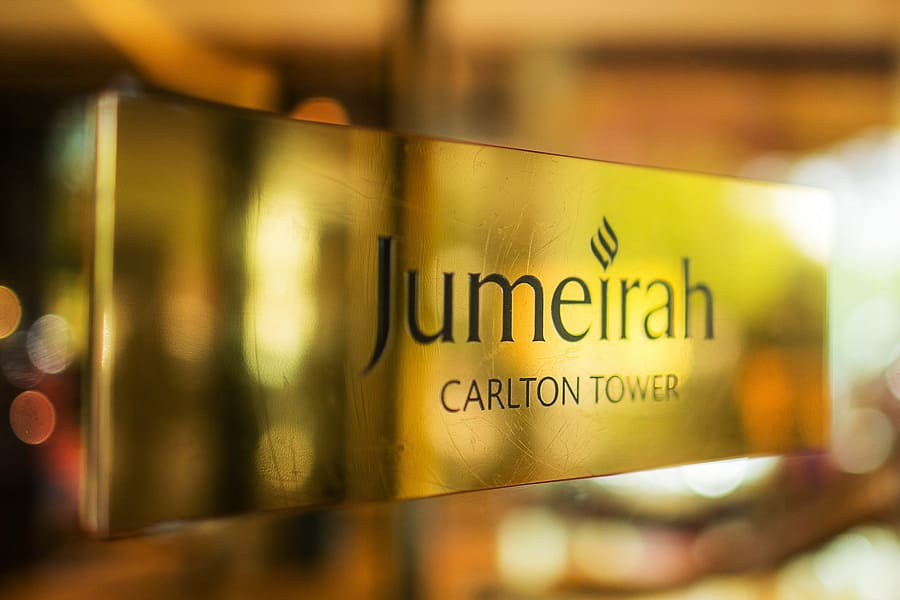 jumeirah carlton towers, exterior sign, asian wedding photography
