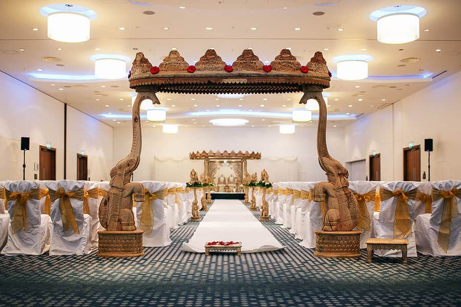 hilton t5 | inside | mandap set up | hindu wedding