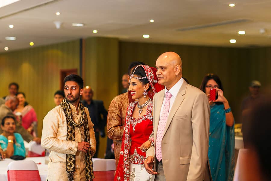 indian wedding photography brentford lock