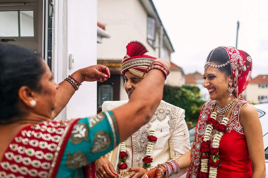 brentford lock holiday inn indian wedding photography