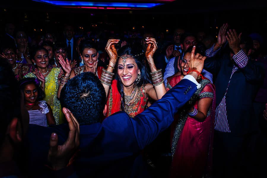 brentford lock holiday inn asian wedding photography