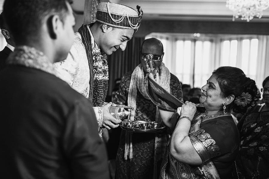 shendish manor asian wedding photographer
