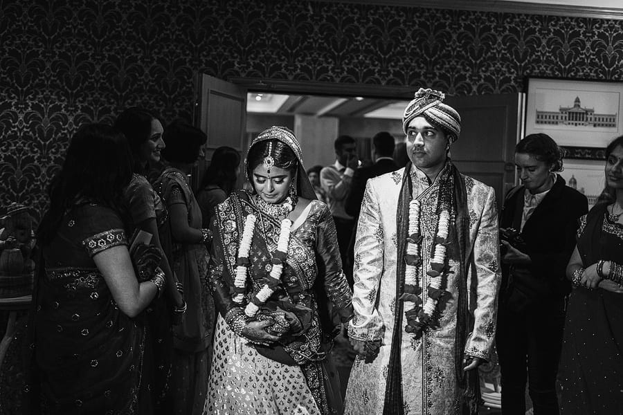 hindu wedding photographer shendish manor