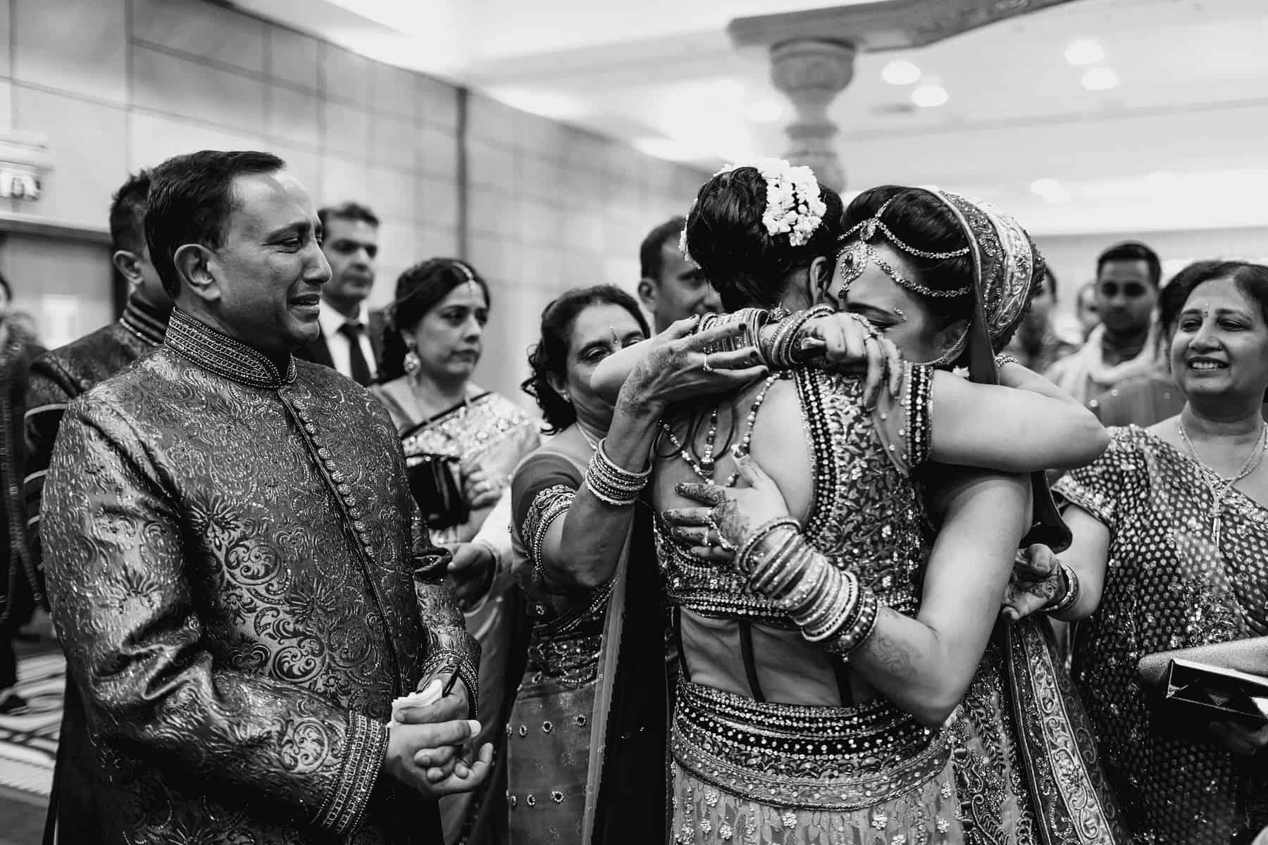 hindu wedding ceremony heathrow marriott
