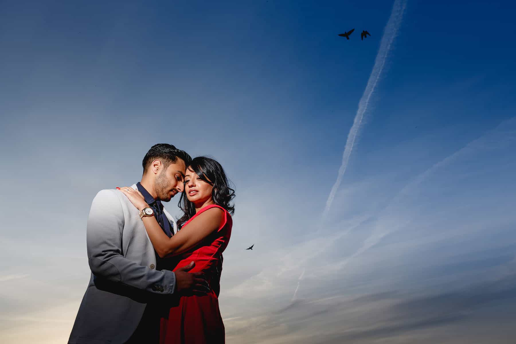 creative hyde park pre wedding shoot