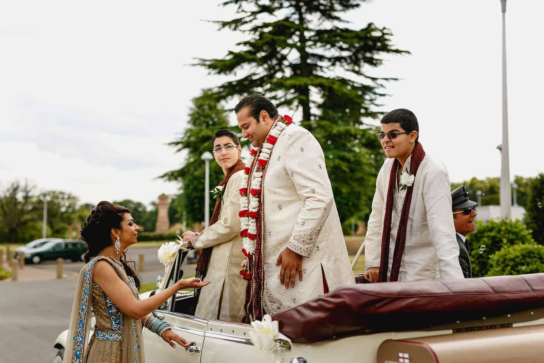 oshwal potters bar hindu wedding