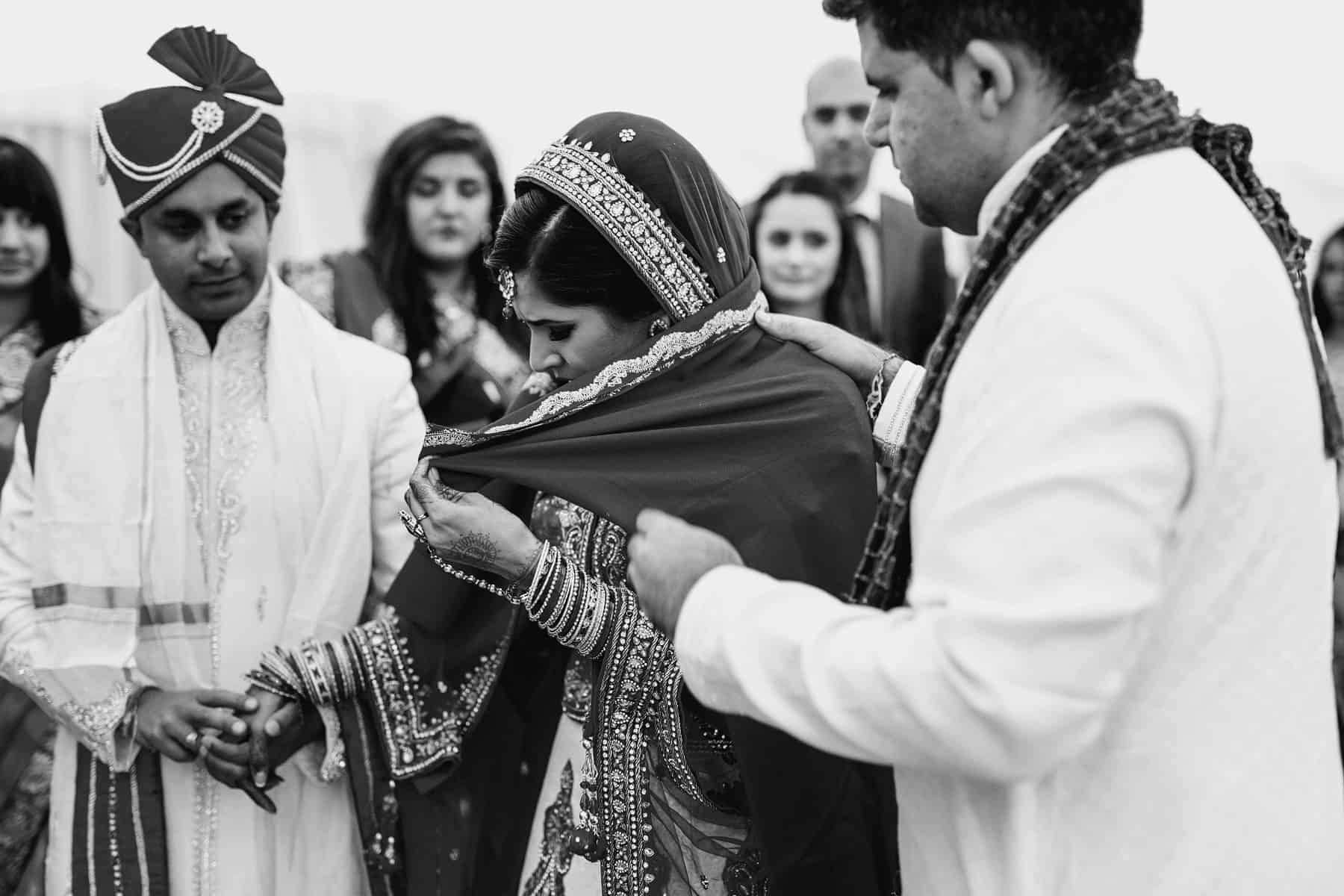 quendon hall hindu wedding photographer