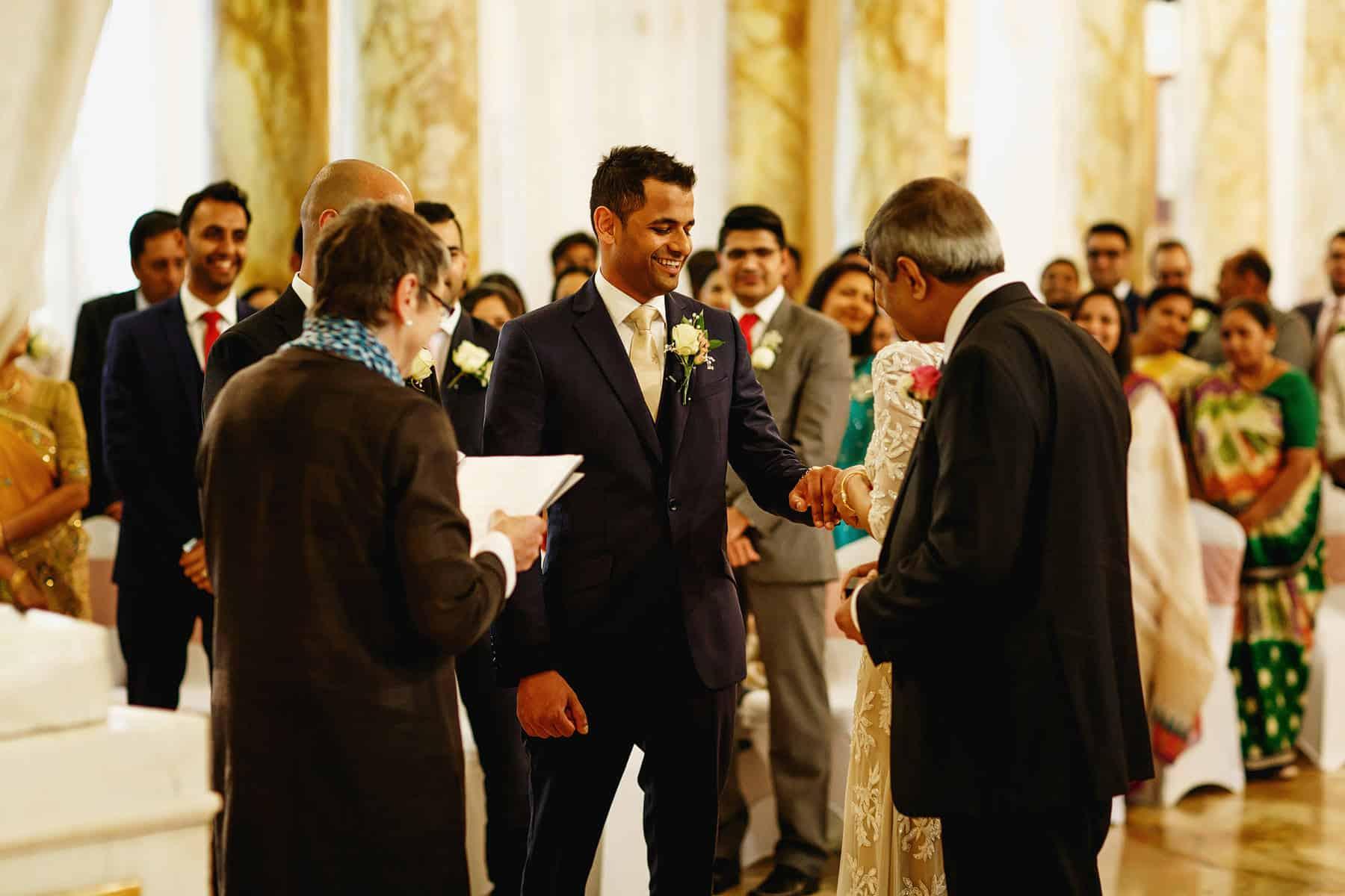 cardiff city hall wedding photography