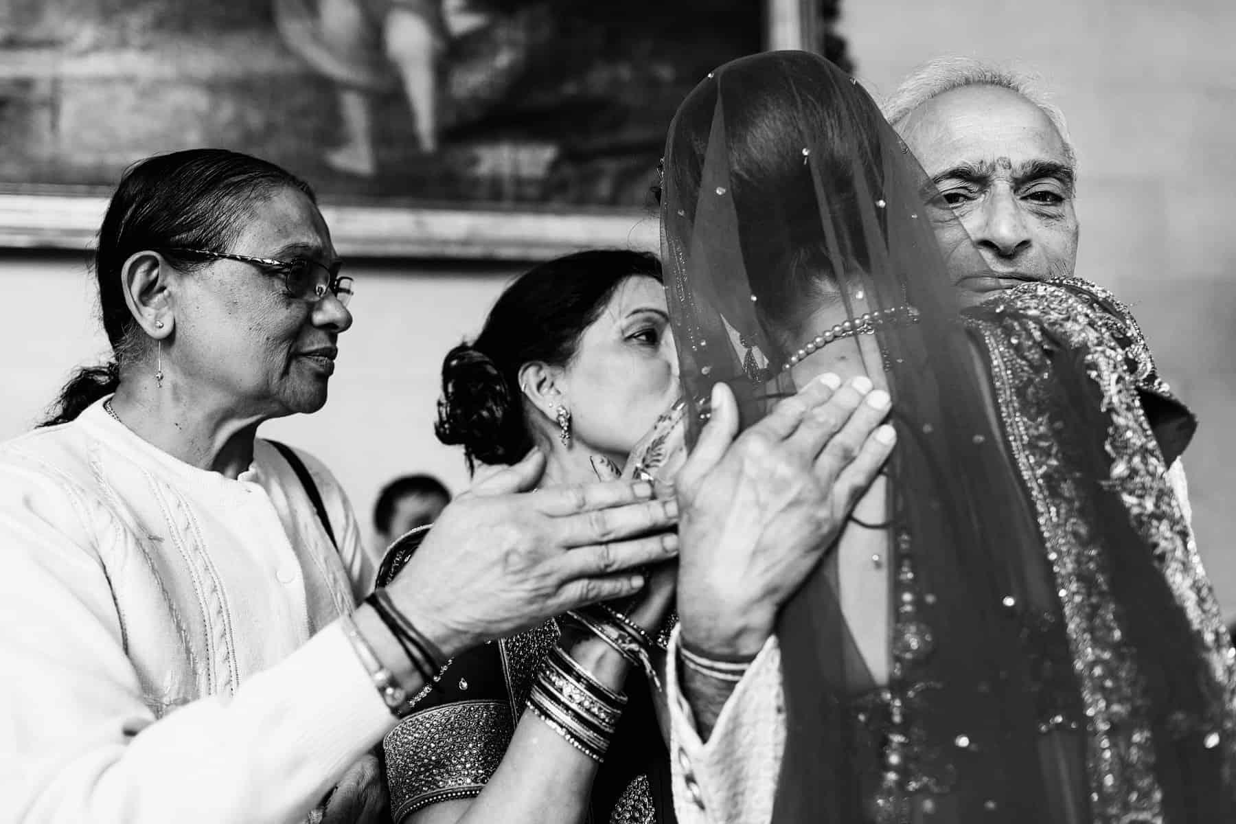 woburn sculpture gallery indian wedding