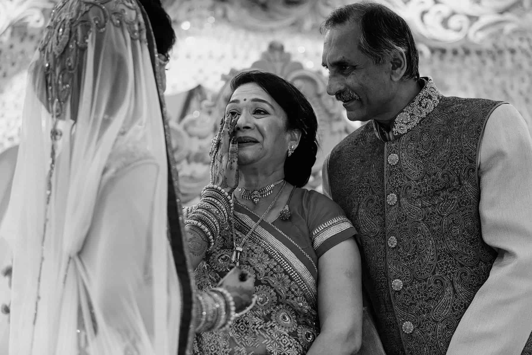 hilton t5 hindu wedding photography