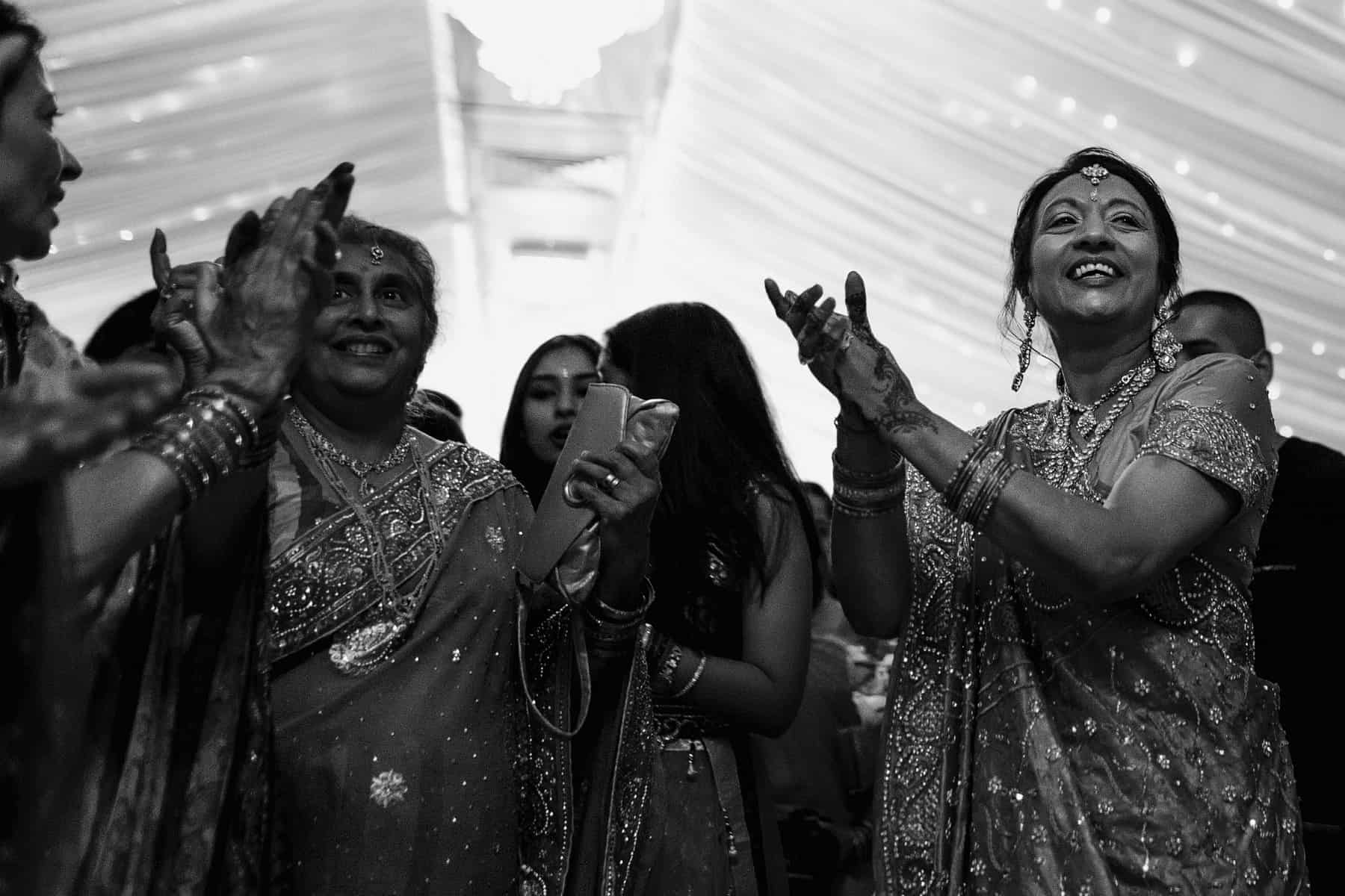 hindu fennes wedding photographer