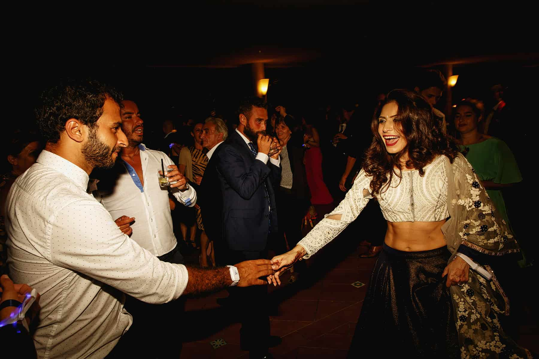 paestum italy weddings hindu