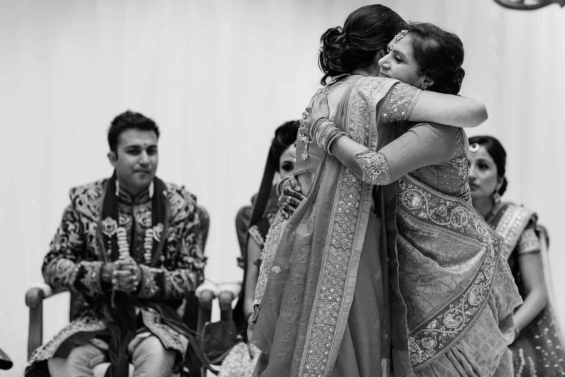hilton waldorf hindu wedding photographer