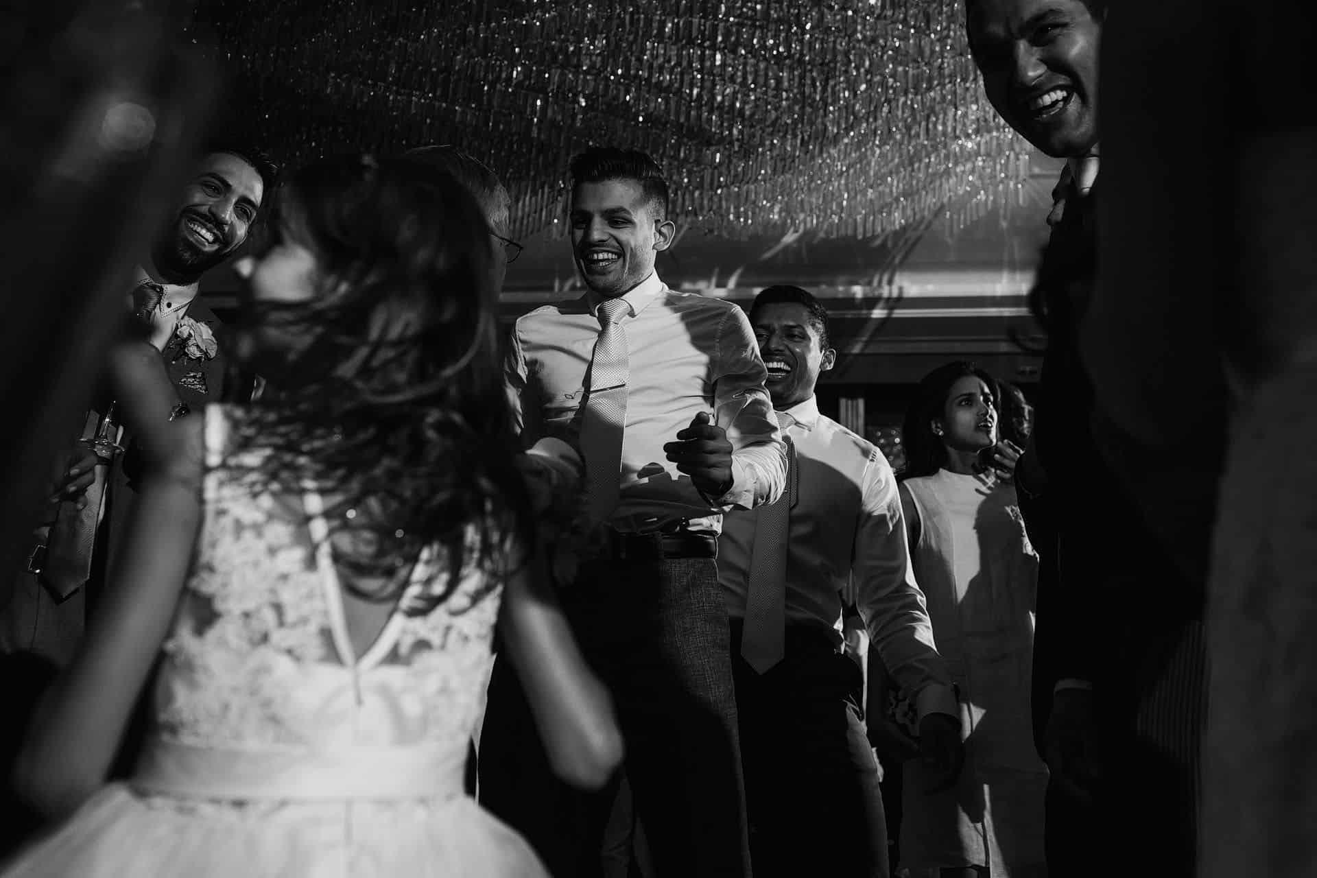 wedding photo the shard shangri la london