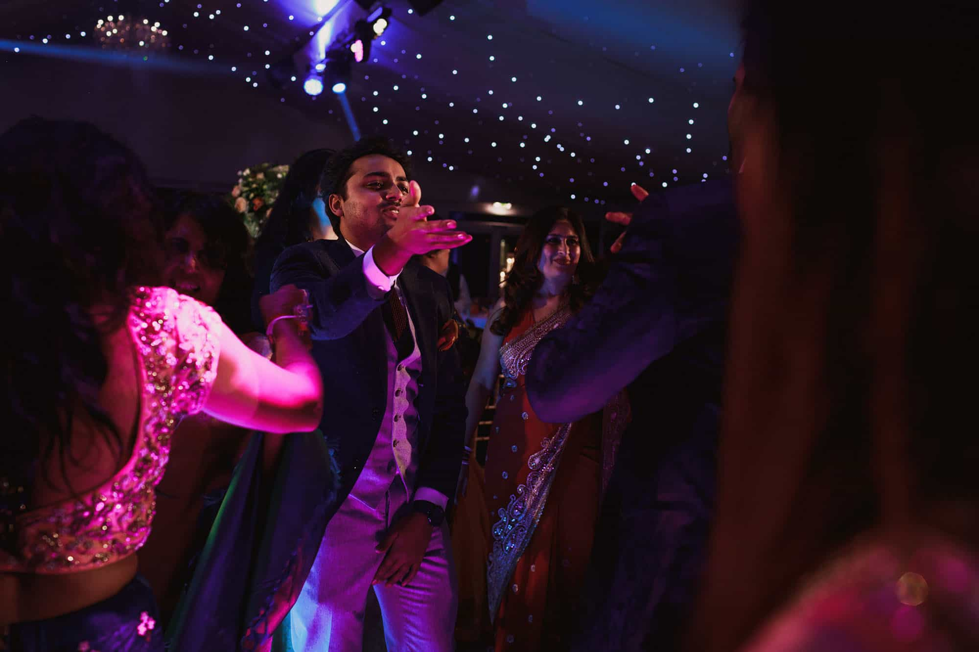 hindu wedding ditton manor berks