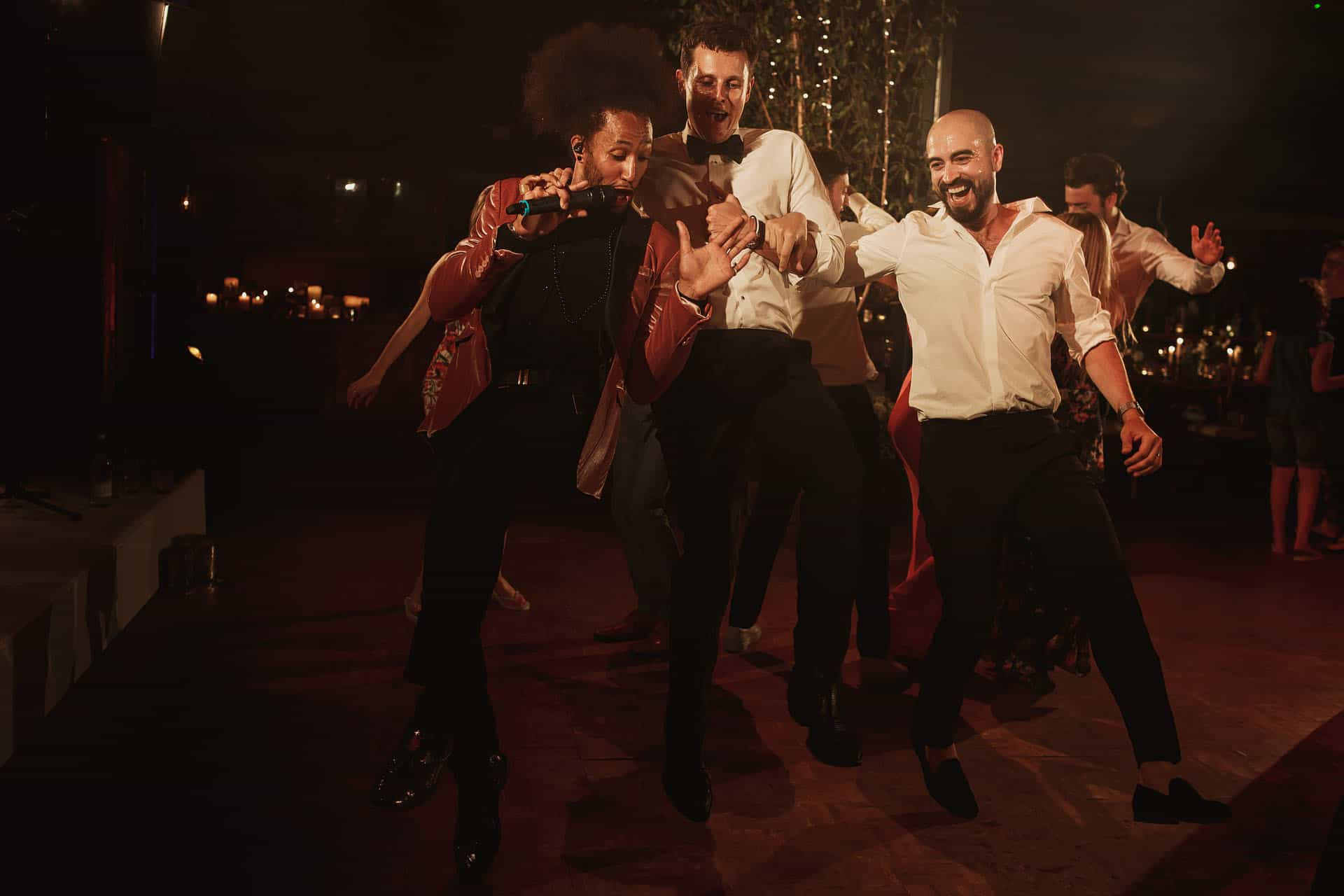 soho farmhouse jewish wedding photos