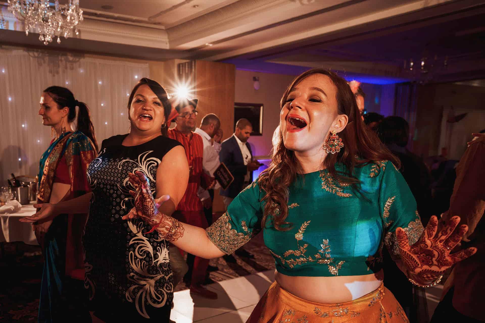 shendish manor hindu wedding